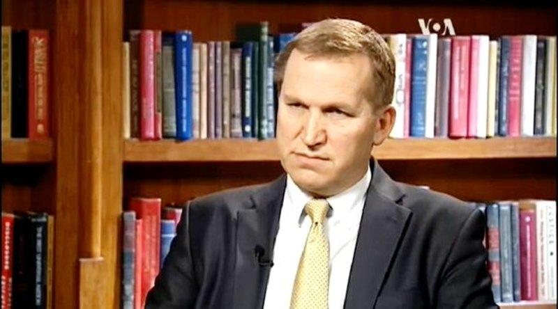 Олександр Моцик: Кризу на Донбасі вирішить дипломатія, але Україні повинні дати зброю