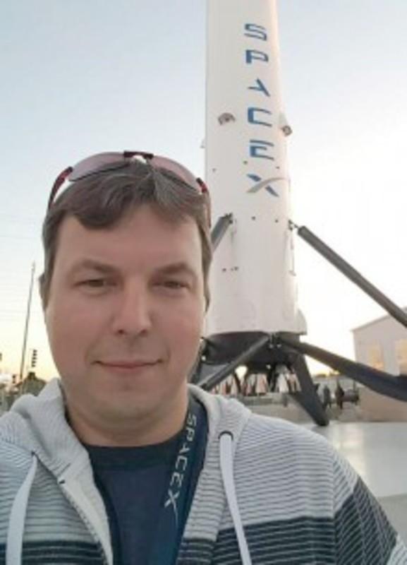Українець допоміг вивести на орбіту космічний корабель Маска