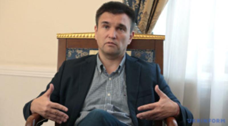 Павло Клімкін: «Через Зеленського для Меркель зробили нарізку зі «Слуги народу»