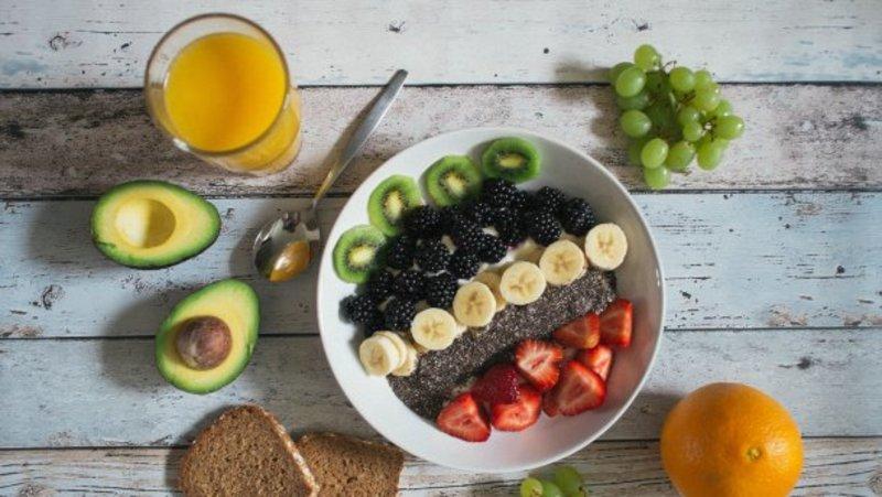 Чим не можна снідати. 5 продуктів, які не можна їсти на голодний шлунок