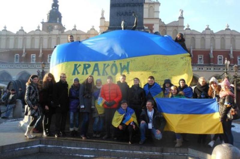 Чому Кремлю не вдається роздмухати антиукраїнську істерію в Польщі