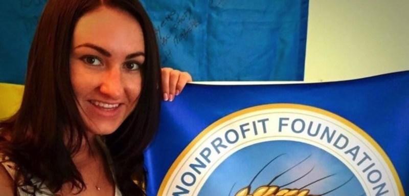 Волонтерка зі США назбирала на передову 2 мільйони доларів