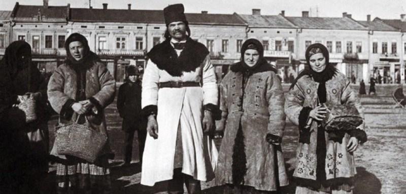 Унікальні стародавні фото українців