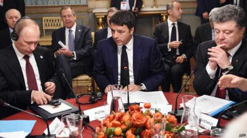 Порошенко та Путін провели складні переговори
