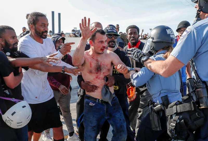 Українцю, побитому протестувальниками в США, загрожує ув'язнення