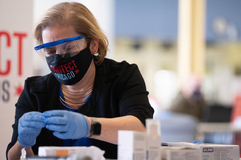 В Іллінойсі зафіксували понад 600 нових випадків COVID-19 за добу