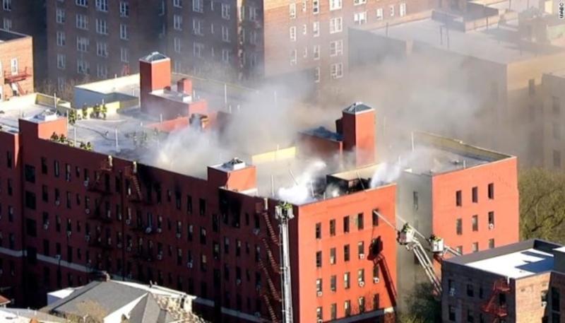 У Нью-Йорку горіла багатоповерхівка, є постраждалі