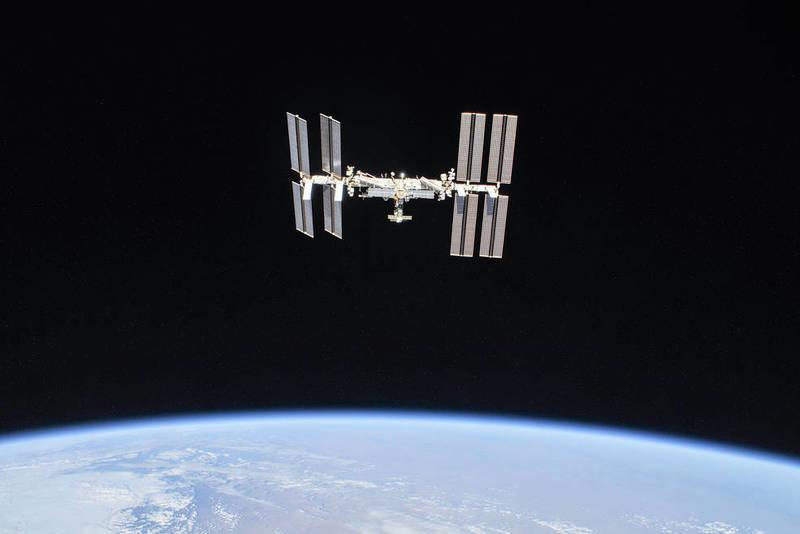NASA у 2022 році відправить на орбіту першого космічного туриста