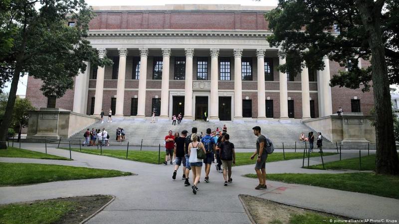 У США оскаржили заборону іноземним студентам залишатися в країні