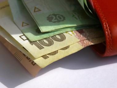 Реальна зарплата за рік зросла на 10%