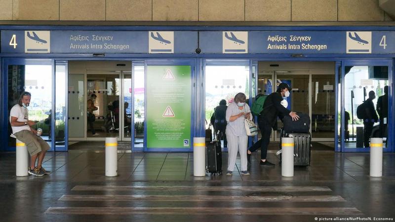 Єврокомісія рекомендувала ЄС дозволити в'їзд вакцинованим туристам