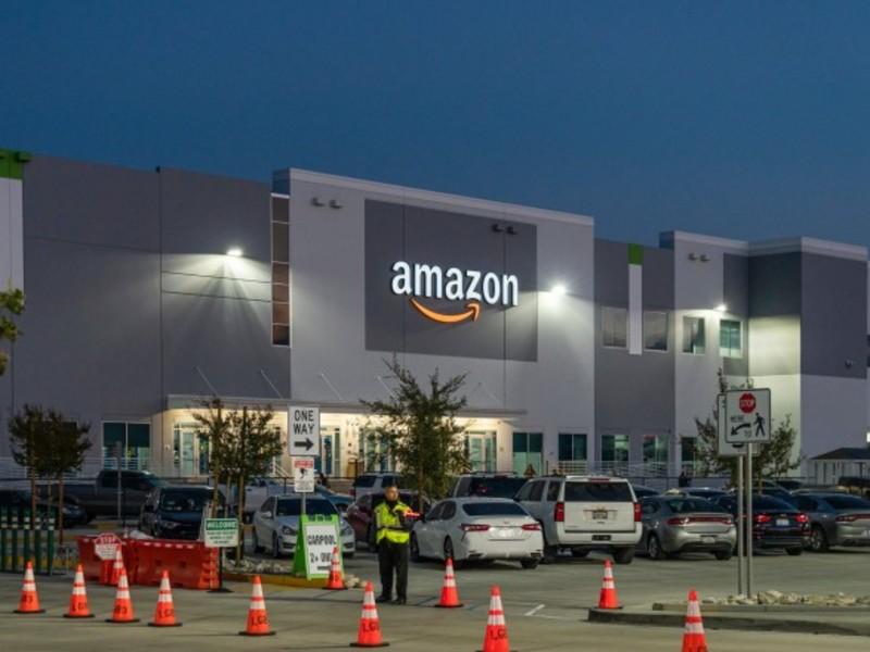 Amazon буде платити користувачам за відбитки їхніх долонь 10 доларів