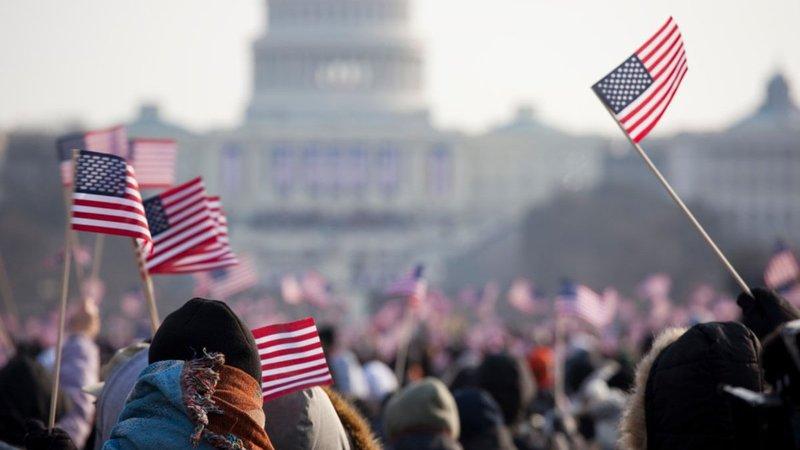 Вибори у США: понад 17 мільйонів американців вже проголосували – вони вимушені стояти у чергах