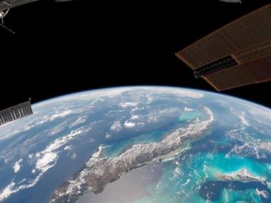 Астронавт NASA показав, як виглядає Земля з вікна Crew Dragon. Відео
