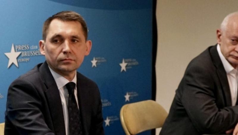 Видання Euroactive видалило карту України без Криму – посол