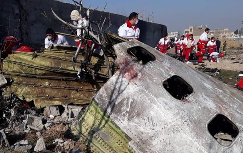 Камера спостереження зняла момент падіння українського літака. Відео