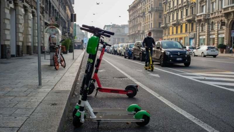 В Італії планують заборонити електросамокати для неповнолітніх