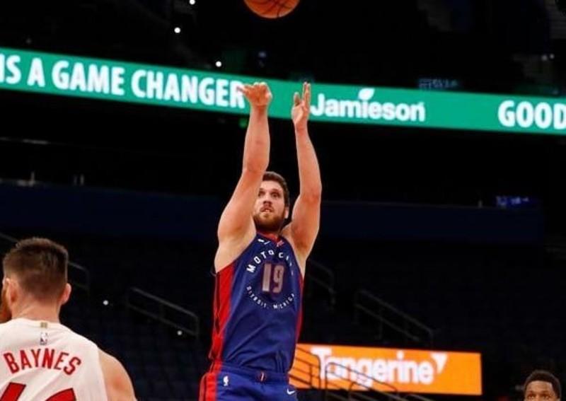 Українець провів найрезультативніший матч в сезоні НБА