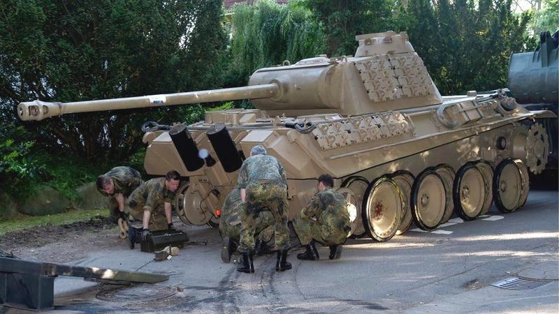 У Німеччині пенсіонера оштрафували на €250 тисяч: у його будинку знайшли танк