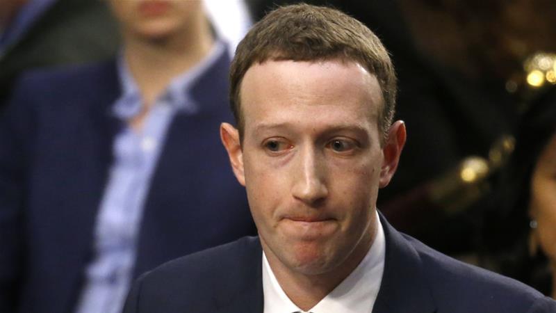 Facebook перегляне політику контенту