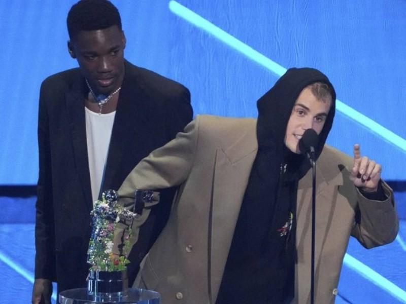 Джастін Бібер став виконавцем року за версією MTV
