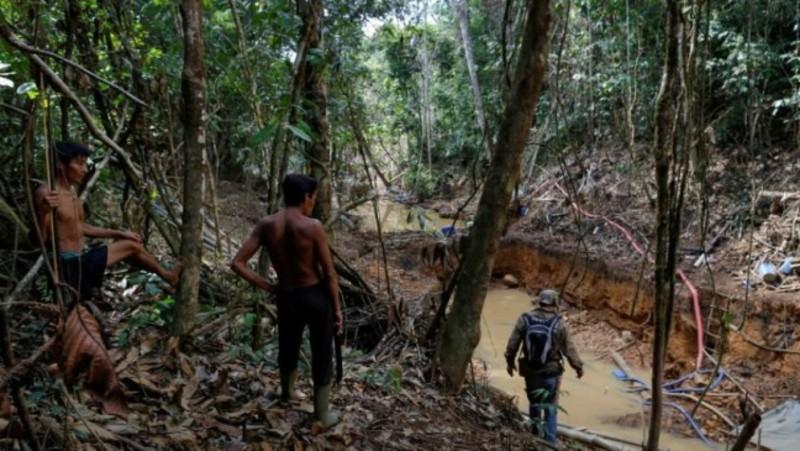У Бразилії розслідують справу про обмін вакцини на золото