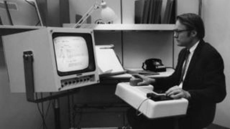 У США помер один із творців комп'ютерної миші