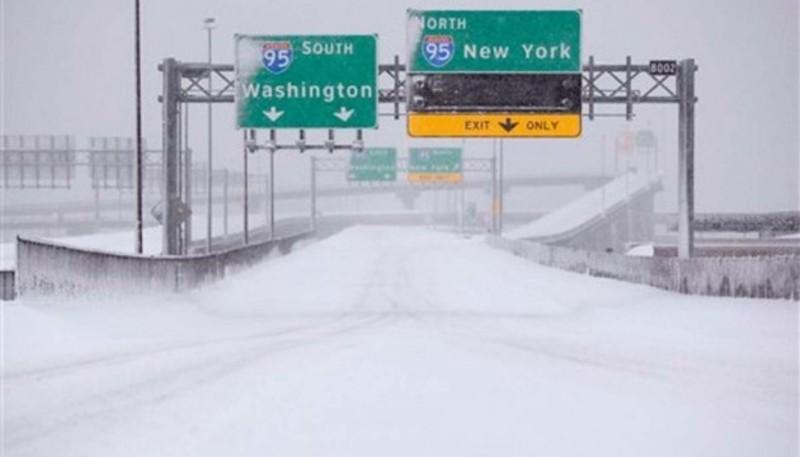 На США насувається новий зимовий циклон з рекордними снігопадами