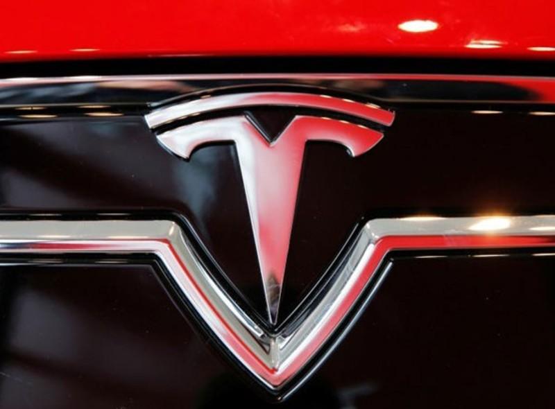 Ринкова вартість компанії Tesla перевалила за 500 млрд доларів