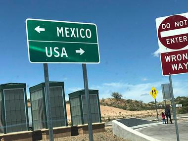 На кордоні з Мексикою у лютому було затримано 100 тисяч мігрантів