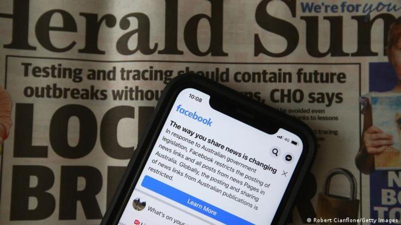 Канада хоче змусити Facebook платити за новинний контент