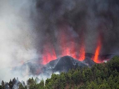 Виверження вулкану на Канарах: зруйновані щонайменше 100 будинків