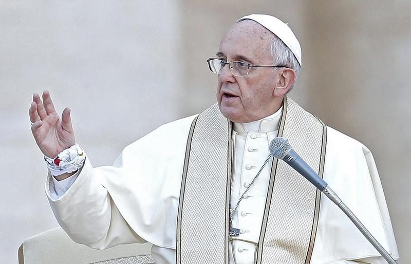 Папа Римський закликав діаспору допомогти Україні