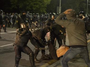 У столиці Білорусі тривають жорстокі затримання