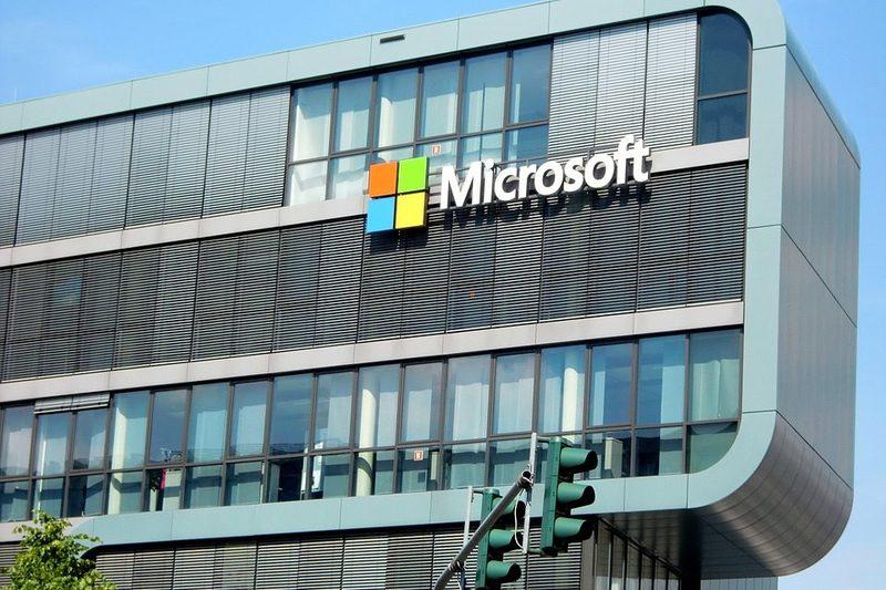 Microsoft платитиме працівникам по $1 200, щоб запобігти вигоранню
