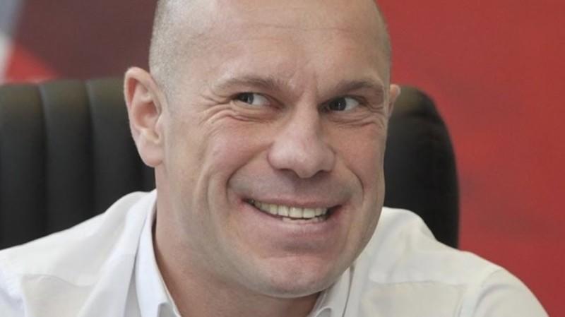 Депутат Кива захистив кандидатську дисертацію
