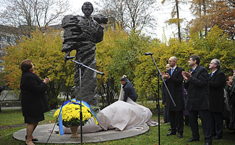У Ризі відкрили пам'ятник Тарасові Шевченку