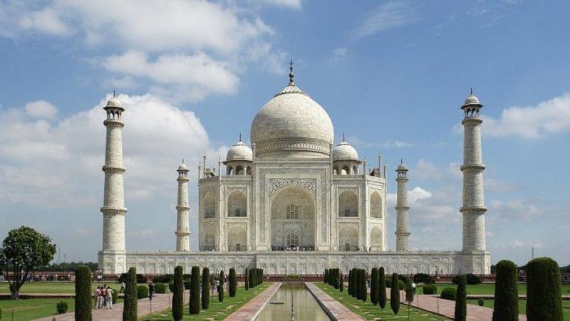 В Індії відкрили Тадж-Махал для відвідувачів