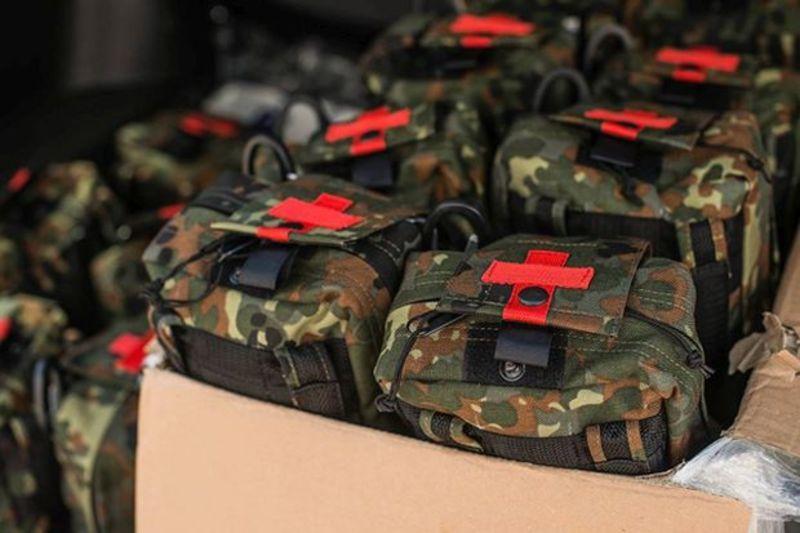 Британія передасть українським військовим аптечки на $700 тис.