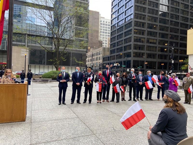 У Чикаго підняли прапори Литви та Польщі
