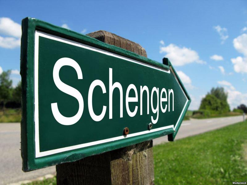 ТОП-10 країн, що охоче видають шенген-візи українцям