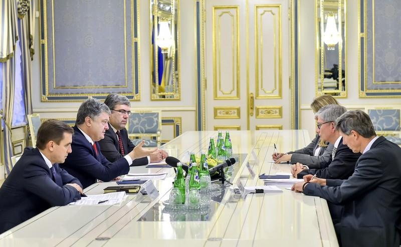 Порошенко зустрівся з Президентом Світового Конгресу Українців