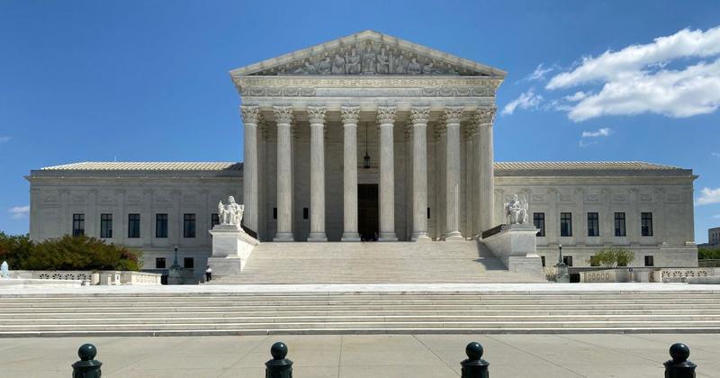 Верховний суд США не ухвалив позов республіканців щодо скорочення терміну видачі бюлетенів поштою