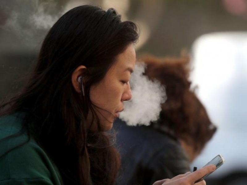 Регулятор США схвалив продаж електронних сигарет