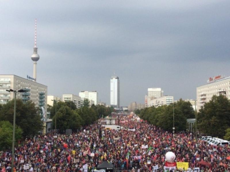 Німці протестують проти вільної торгівлі зі США
