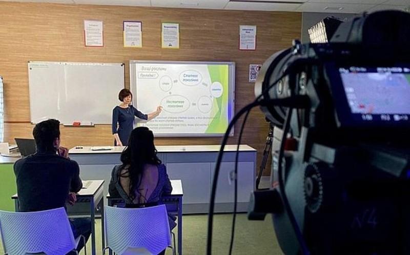 Посол розповів про функціонування українських шкіл у Канаді