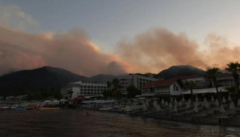 У Туреччині локалізували 129 пожеж, горить ліс у чотирьох провінціях